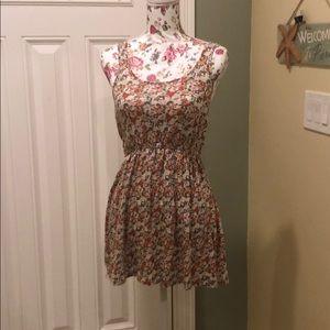 Dresses & Skirts - Forever 21 floral print mini dress size s